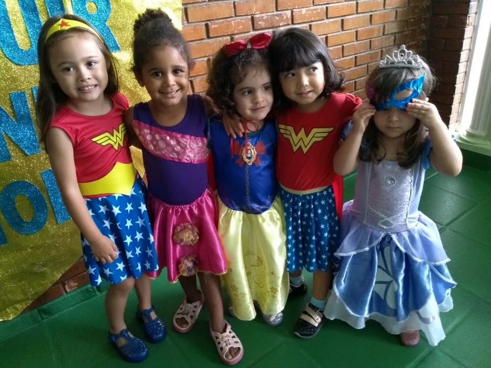 🎊 Hoje também foi carnaval na Baronesa. Foi uma diversão só!!! Tivemos fantasia, música, bailinho, trenzinho e muita risada 🎊